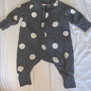 H&M One Pieces - Baby boy/girl H&M zip up jumpsuit